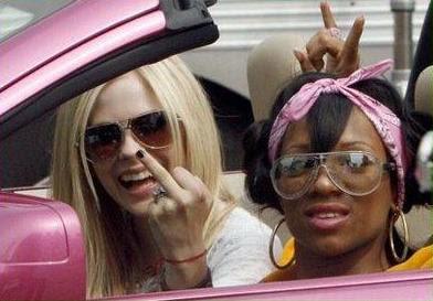 Avril Lavigne & Lil Mama flip tha red string