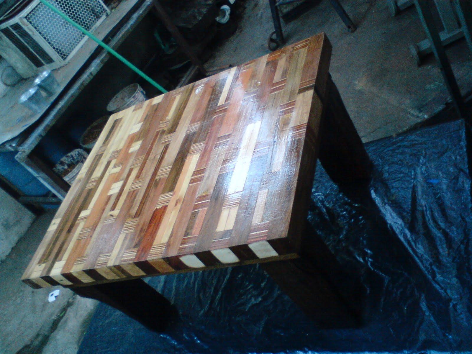 Juan jose rodriguez mesa ratona de madera reciclada - Mesa madera reciclada ...
