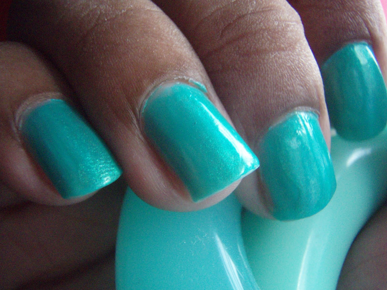 makeup CRAZIE!: Nails Of The Day - Color Club Bizerk Turq and NK ...