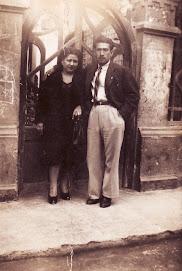 Mi padre acompañado de mi tía Aurora