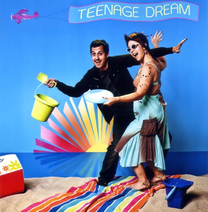 the teenage dream The music video for katy perry's single teenage dream has already been viewed 81,481 times since it was posted on tuesday, august 10, 2010 the video belongs to the music.