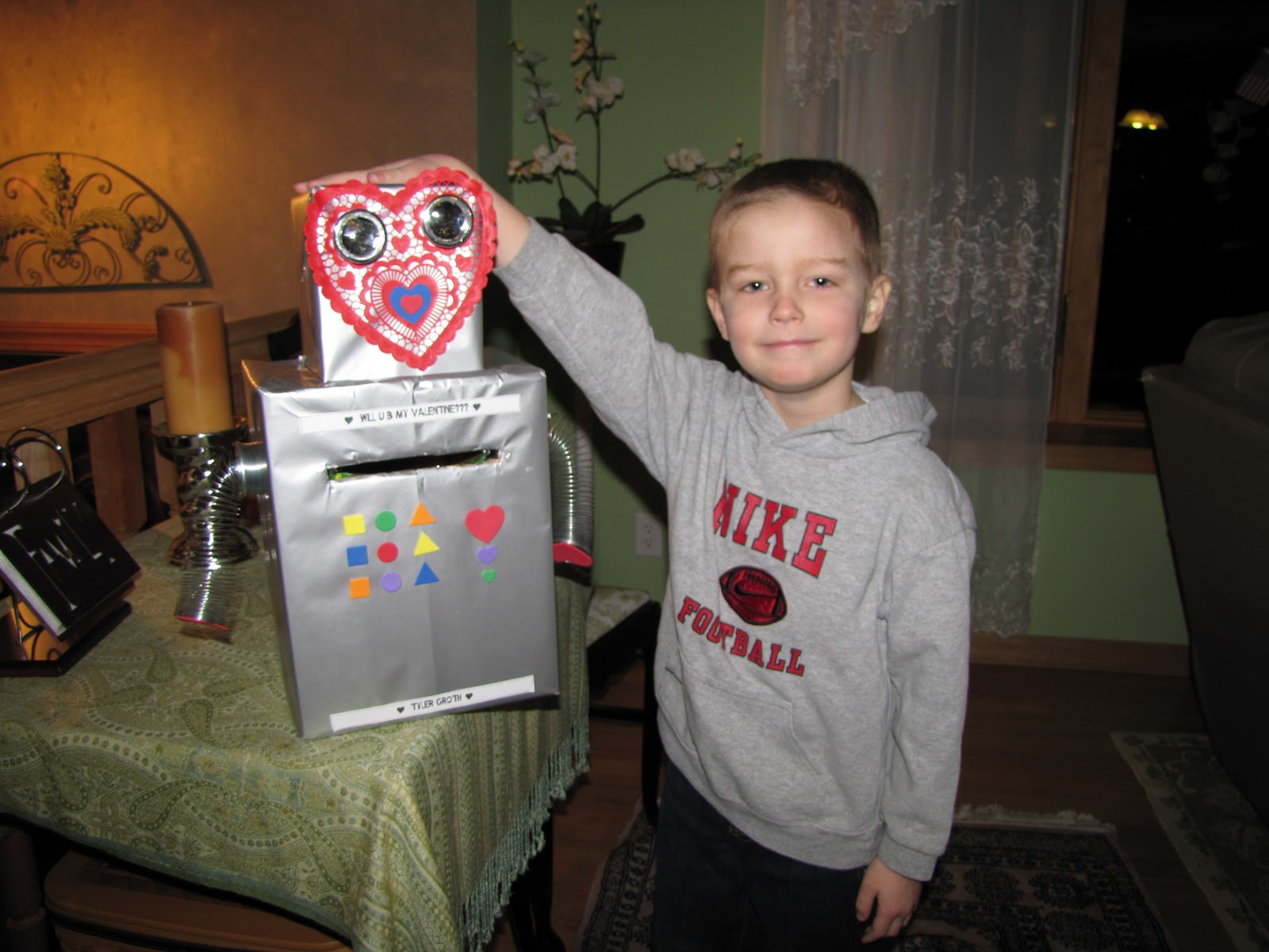 Sustainably Chic Designs Kids Valentines Day Card Boxes 2011 – Valentine Card Boxes