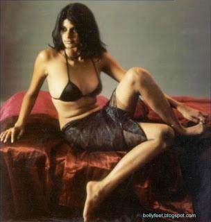 Shruti Sharma Bare feet Hot Pose
