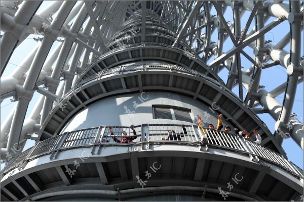 Longest Staircase In The World : Canton tower the longest spiral staircase design in