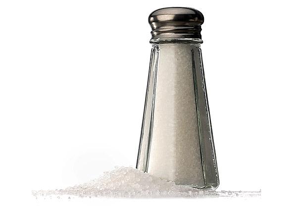 Llamado de la OPS y OMS: Menos sal es la estrategia de salud más barata
