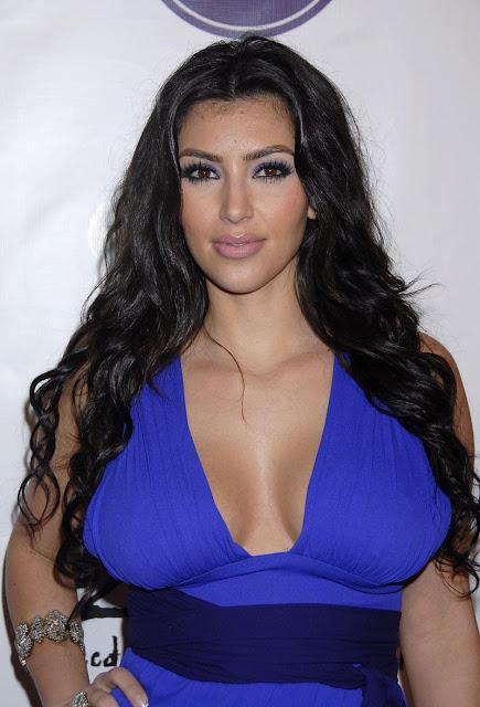 [Kim-Kardashian-800x1176-118kb-media-3131-media-134081-1205294702.jpg]