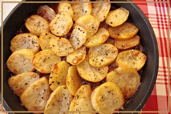 Maneras De Cocinar Patatas | Lola En La Cocina Estofado De Ternera Con Cerveza Y Cubierta De