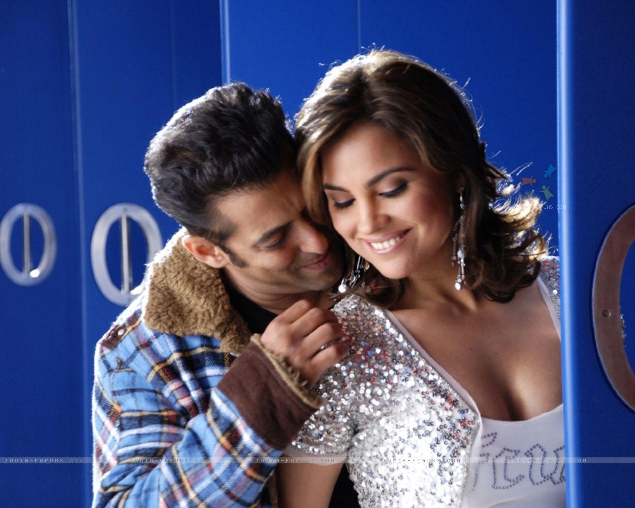 http://2.bp.blogspot.com/_o2Y9aZ2qaT8/TCgtpkbtcYI/AAAAAAAACpk/0MWPOhDZ9CE/s1600/11409-romantic-scene-of-salman-khan-and-lara-dutta.jpg