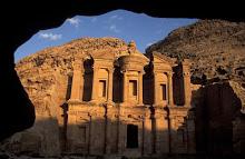 6) Petra , Jordan
