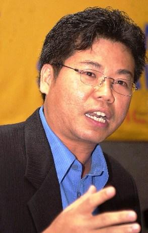 DR. SOFYAN TAN