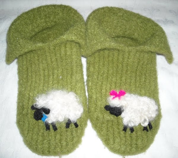 Nadines Patterns Fleecy Felted Slippers Loom Knit