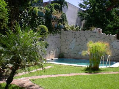 Casa en alquiler en el bajo belgrano jard n pileta y cochera for Alquiler bajo con jardin majadahonda