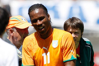 Drogba Empezò Su Recuperacion Y Hacen Todo Lo Posible Para Que Pueda Jugar El Mundial 2010