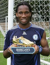 Drogba Collects Golden Boot Award