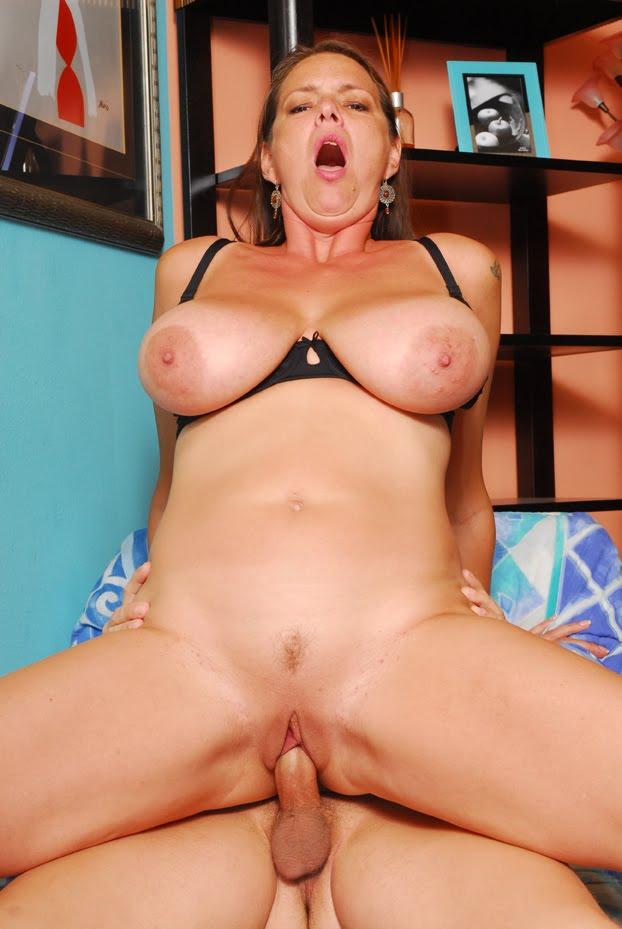 Bisexual ma nand woman