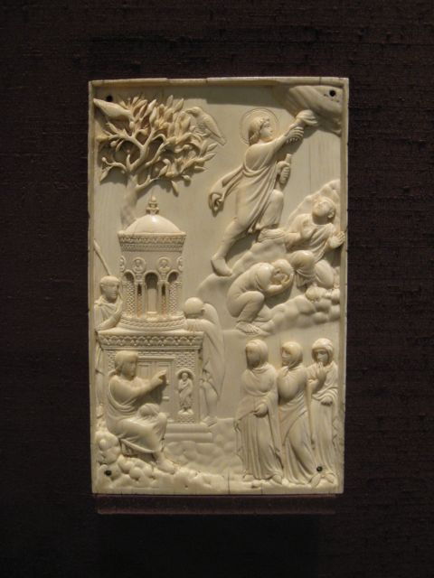 "Ivory work of Christ's ascension into heaven. From Rome, 400 CE. ""Reidersche tafel"""