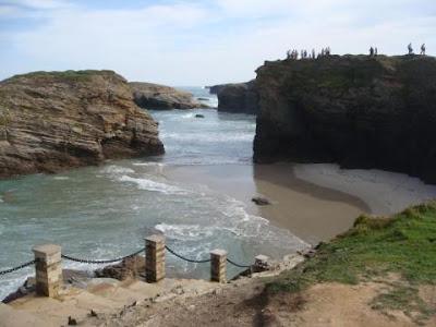 playa de las catedrales mirador