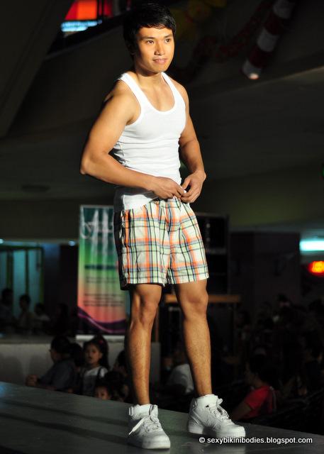 Bikini fashion show 2010