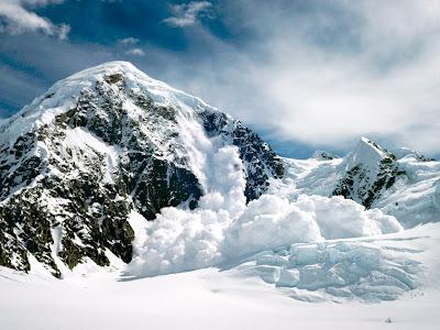 lac inghetat iarna