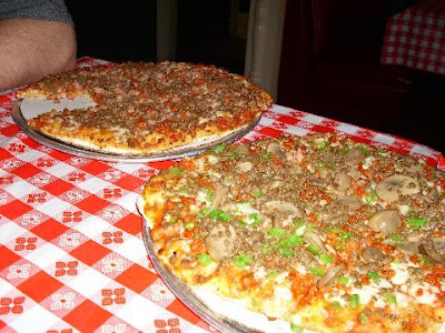 A Man S Gotta Eat Yes Sir Pizza Madison The Daily News Journal Murfreesboro Tn Business Directory