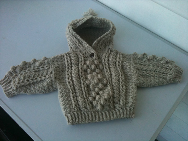 Knitting Pattern For Baby Sweater With Zipper In The Back : CROCHET PATTERN HOODED SWEATER FREE PATTERNS