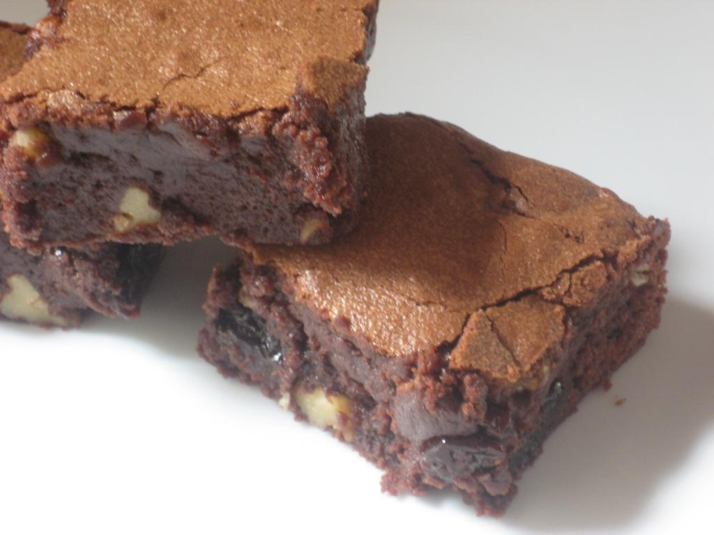 chocolate cherry and walnut brownies makes 9 to 12 good sized brownies ...