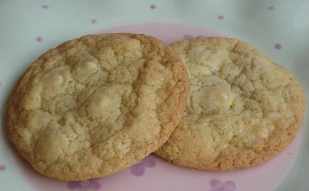 The Goddess's Kitchen ♥: White Chocolate & Orange Cookies