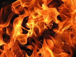 Комбайн пламна по време на жътва
