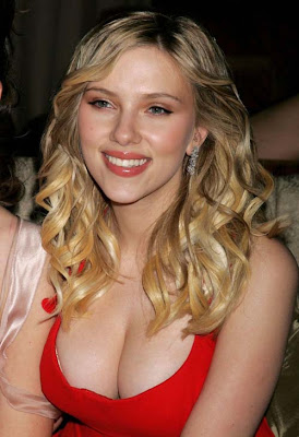 Scarlett Johansson Sexy Video Gallery Pics