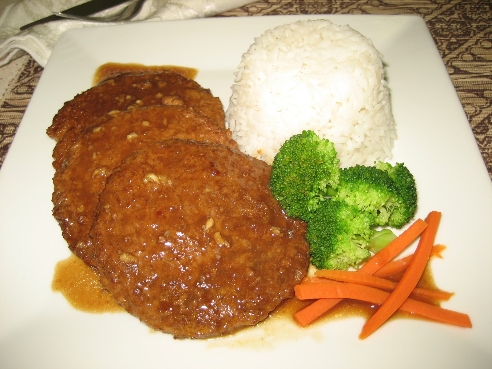 Homestyle vegetarian cooking vegetarian prime stakes with gravy i came up with this recipe one day when i came home from a long day of babysitting i just wanted to have something quick and easy to make for dinner forumfinder Image collections