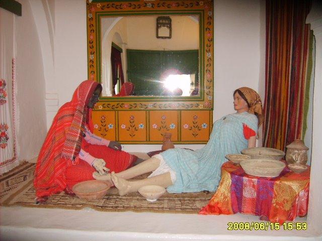 عادات تونس التقليدية من متحف جربة S5003073