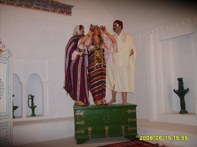 عادات تونس التقليدية من متحف جربة S5003077