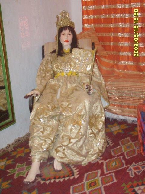 عادات تونس التقليدية من متحف جربة Vetements-traditionnel%2B(6)
