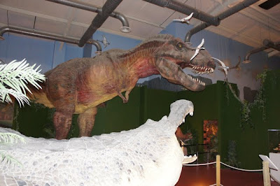 The manning family dinosaur walk museum pigeon forge tn Dinosaur museum ohio