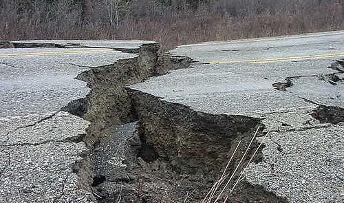 http://2.bp.blogspot.com/_oHRI1hVvbyU/TCtpEWALoqI/AAAAAAAAReM/jRx4reqz4V8/s1600/sismo+mejico.jpg
