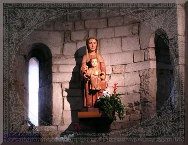 Statue de Marie et Jésus