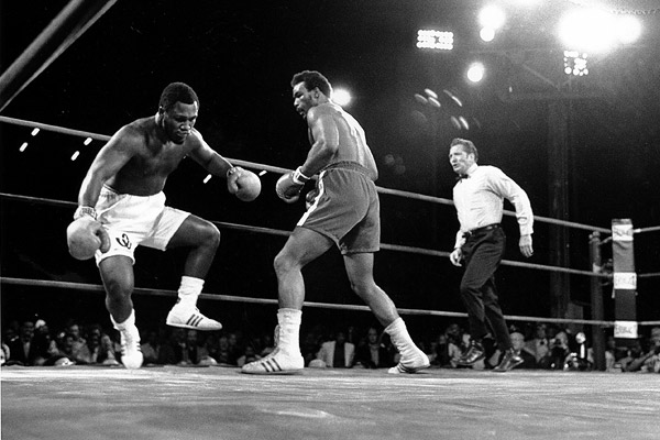 Foreman-knocks-down-Frazier.jpg