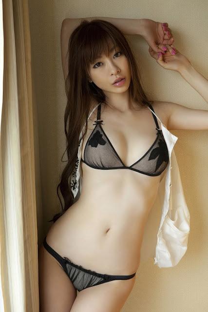 Hot Bikini Akiho Yoshizawa