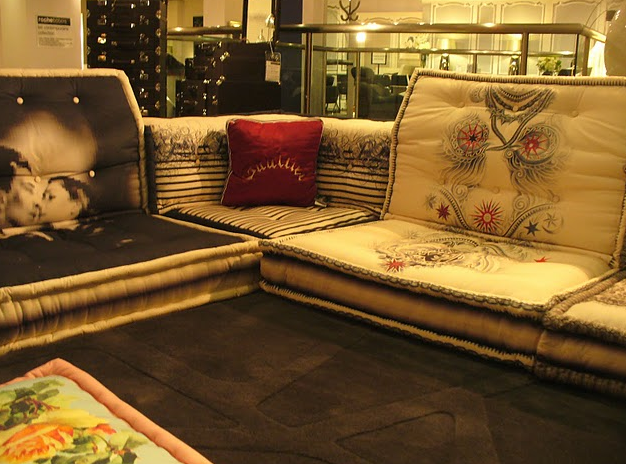 empressionista jean paul gaultier 39 s mah jong sofa. Black Bedroom Furniture Sets. Home Design Ideas