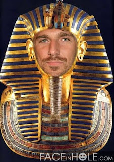 Lundqvist as King Tut