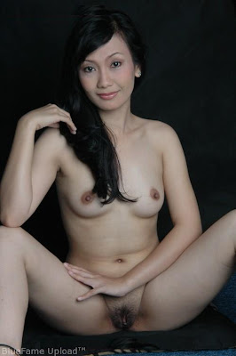Indonesian+Model+Ayu+Oktasari+And+Winner+Of+Take+Me+Out+Indonesia+Leaked+Nude+Pictures+www.GutterUncensored.com+15 Chris Meloni cock