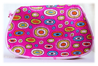 sewing bag to hold tools for needle craft