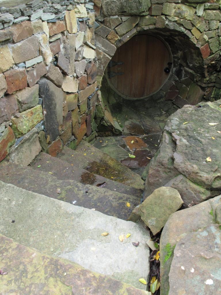 pictures secret tunnel explored - photo #2