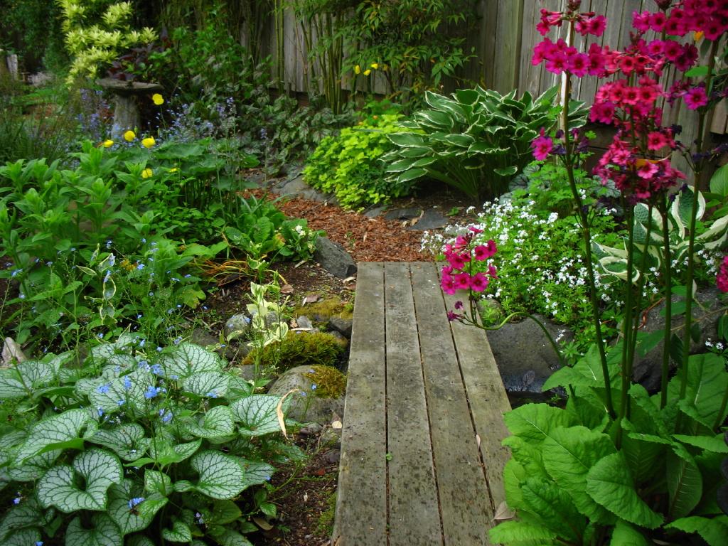 Garden adventures for thumbs of all colors garden for Garden path