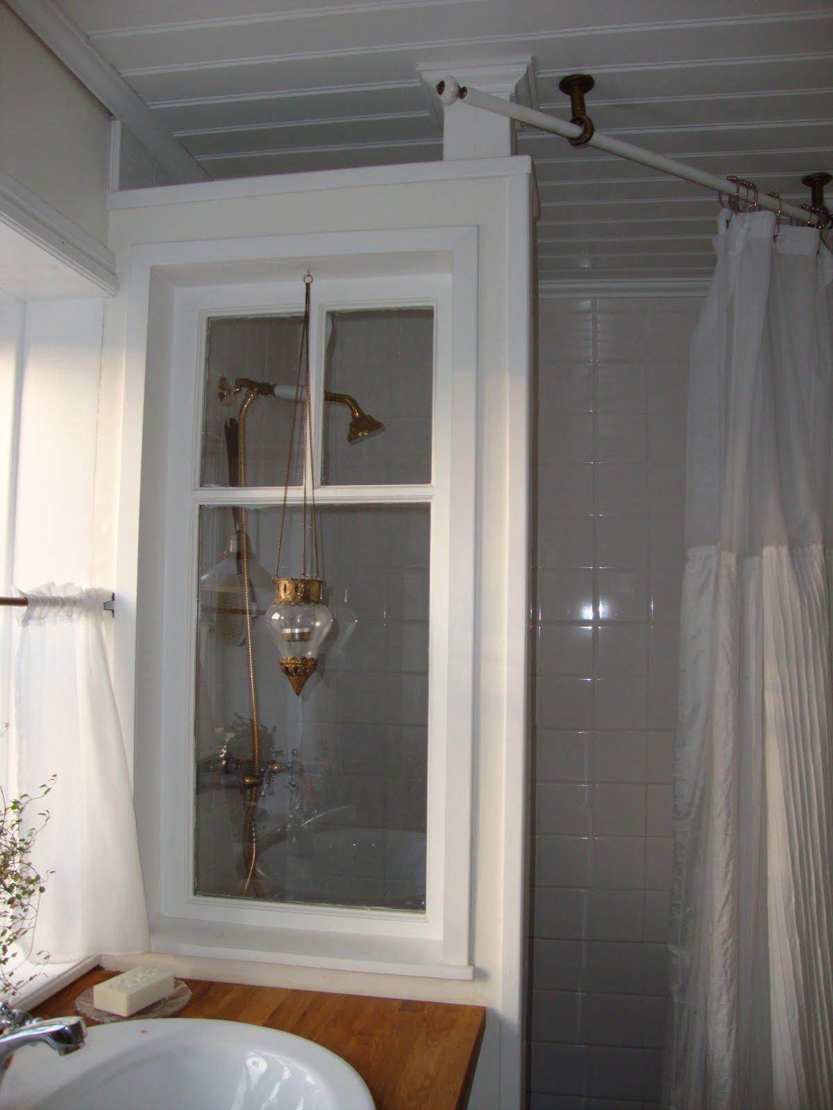 Ett hus i sten: vårt badrum
