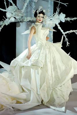 The Dior Origami Wedding Dress Is Probably One Of Most Famous Inspired Dresses Out There It Beautiful Expressive And Grand