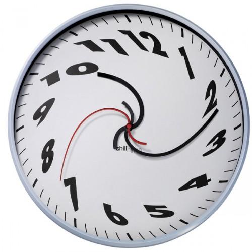 [dali-clock-500x500.jpg]