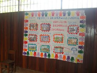 Desarrollojuvenil comunidades selva noviembre 2009 for Concepto de periodico mural