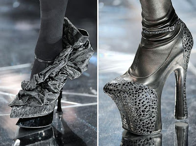 Fashion Designer Salary  Year on Here Are Some Pictures Of Alexander Mcqueen S Creations