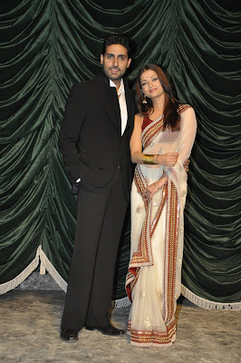 Aishwarya Rai Abhishek Bachchan Vikram at Raavan Music Launch